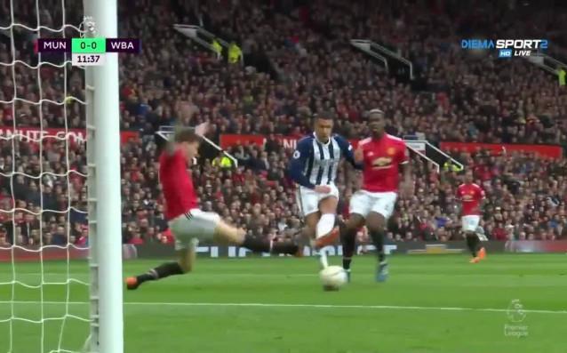 Манчестър Юнайтед – Уест Бромич Албиън 0:0 /първо полувреме/, 34-и