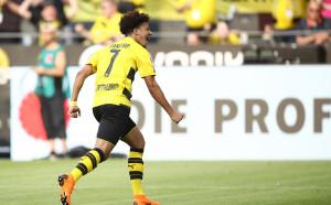 Санчо блести при разгром на Дортмунд над Байер