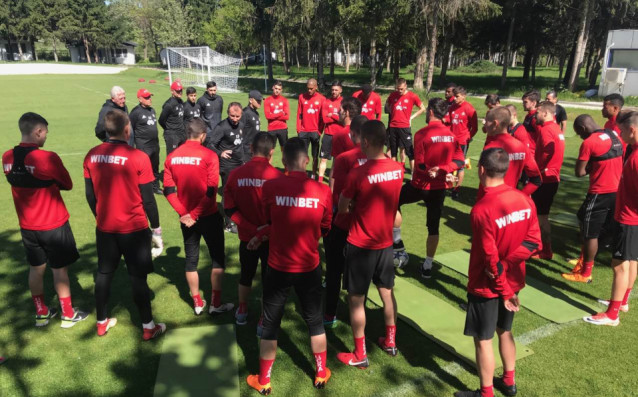 Футболистите на ЦСКА започнаха подготовка за реванша от полуфиналите за