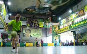 Футболен клуб пресъздаде велика творба на Микеланджело с Меси и Марадона