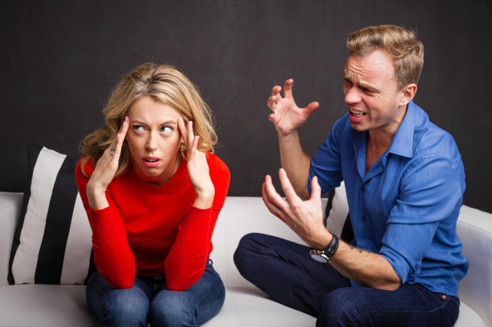 - С партньора ви непрекъснато се обвинявате взаимно.