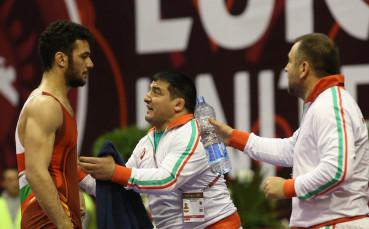 Назарян срещу Касабов за Треньор №1 в борбата