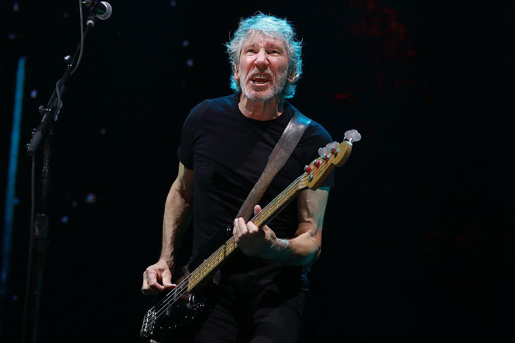 """Roger Waters и турнето """"Us + Them"""" в Арена Армеец"""