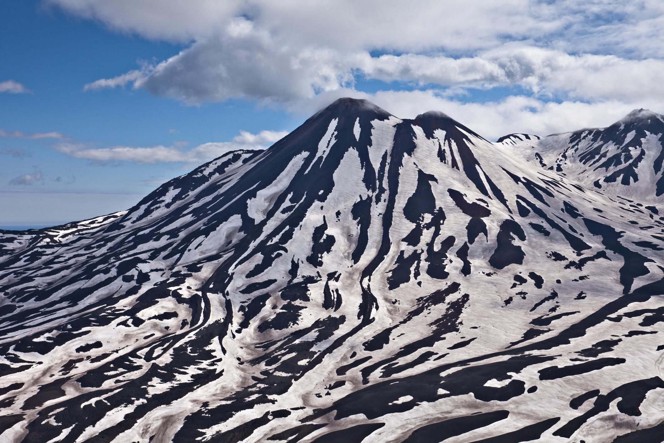 На полуостров Камчатка, в руския Далечен Изток, има място, наречено Долината на смъртта. Високите концентрации на токсични вулканични газове в тази област, представляват сериозна заплаха за всяко живо същество.