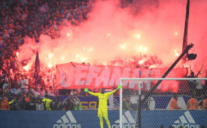 УЕФА разследва Атлетико заради расистки транспарант