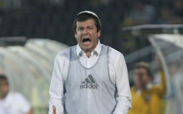 Проспериращ сръбски треньор също в полезрението на ЦСКА
