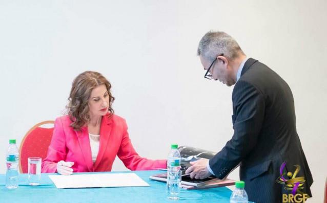 Президентът на БФХГ Илиана Раева и Кацухико Ягучи, шеф на