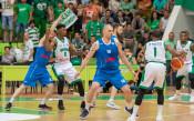Левски Лукойл надигра Балкан и поведе в серията