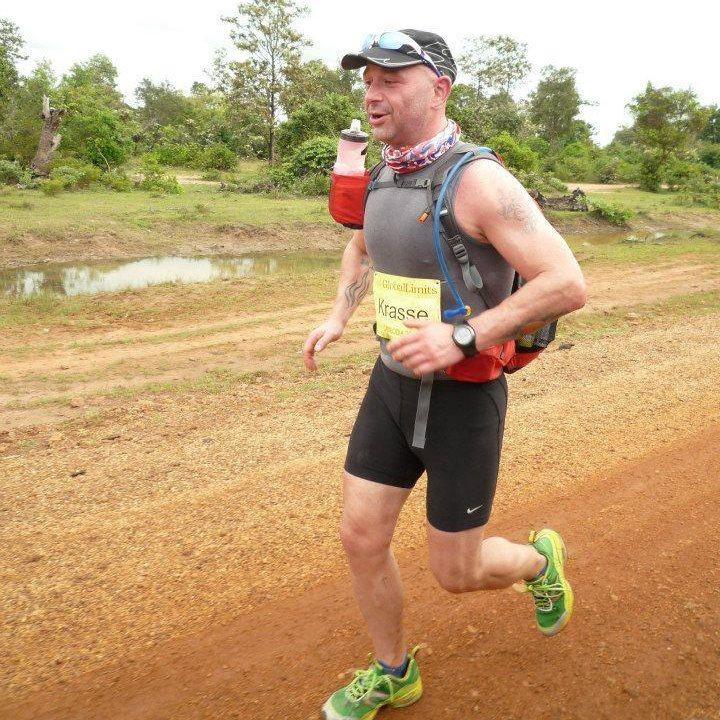 """Красимир Георгиев е първият българин участвал и финиширал в един от най-трудните маратони в света """"Бедуотър"""" (216 км) в Долината на смъртта, САЩ."""