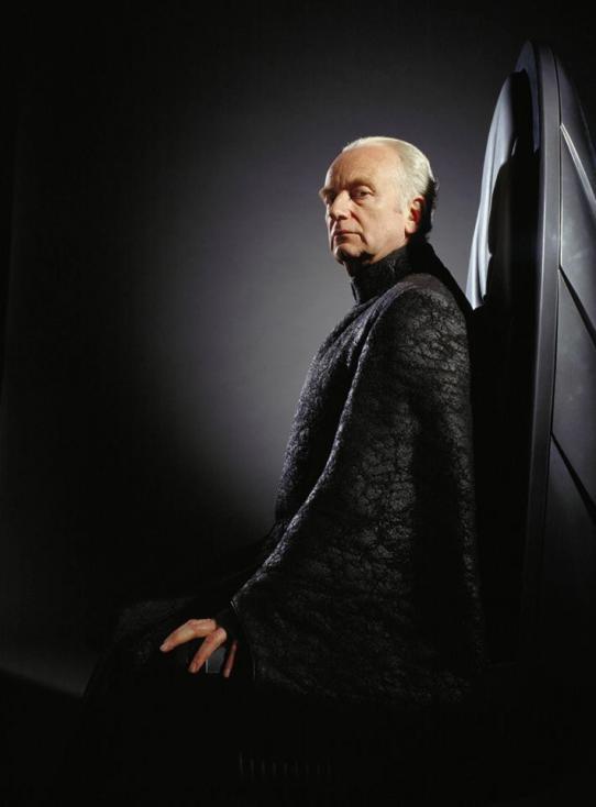 """- 1. """"Императорът: История от Междузвездни войни"""" – Измежду нещата, които трите филмови предистории на Джордж Лукас от света на """"Междузвездни войни""""..."""
