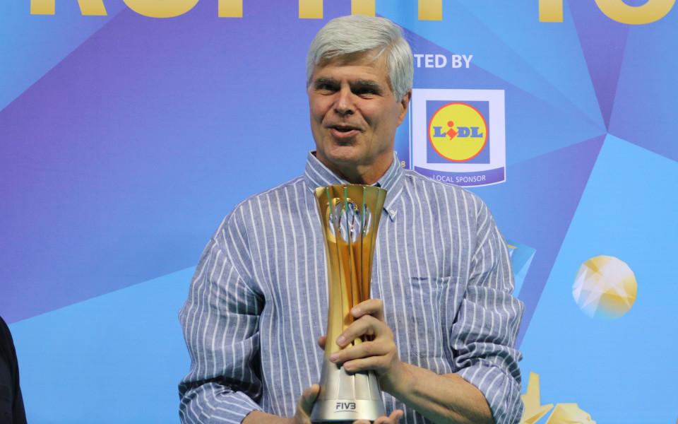 Волейболната федерация представи световната купа и удължи договор с партньор