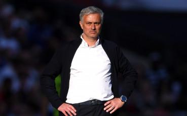 Легенда на Юнайтед: Моу ще изхвърчи до Коледа
