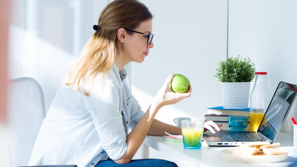 жена плод