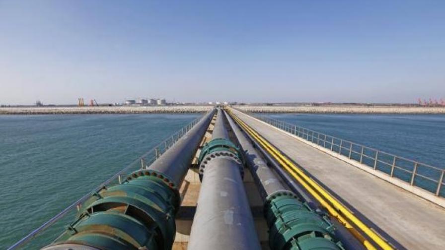 """Газ по """"Турски поток"""" тръгва през България през 2020"""