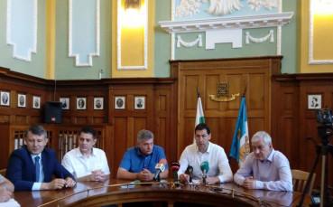 Официално: Стадионът на Ботев готов до март 2020