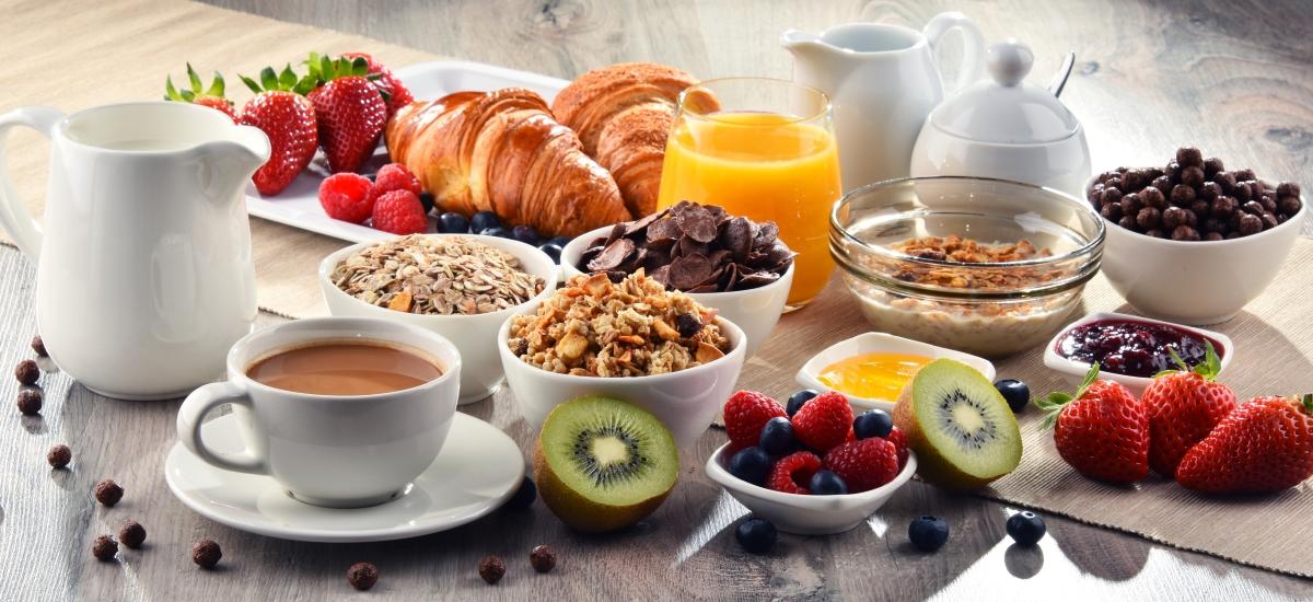 Закусвайте обилно. Тялото ви ще усвои много по-добре полезните вещества и ще изгори калориите по-бързо.