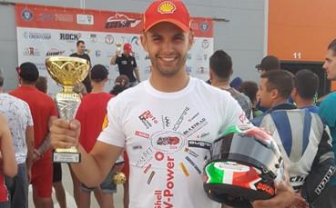 Караньотов стартира състезателния мото-уикенд в Серес на върха в SBK