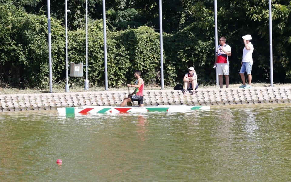 21 български лодки на Световното по кану-каяк