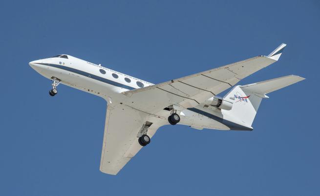 НАСА намалява шума от самолетите със 70%