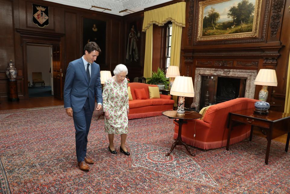 Кралица Елизабет имоти