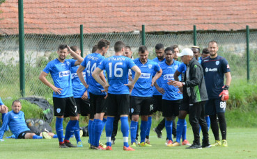 Черно море громи с 6:1 при представянето на отбора за новия сезон