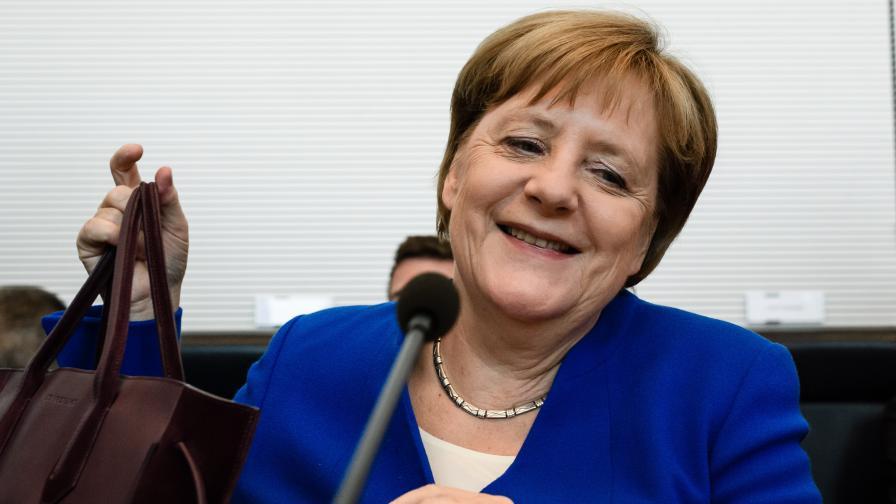 """""""Цайт"""": Германският егоизъм разрушава Европейския съюз"""