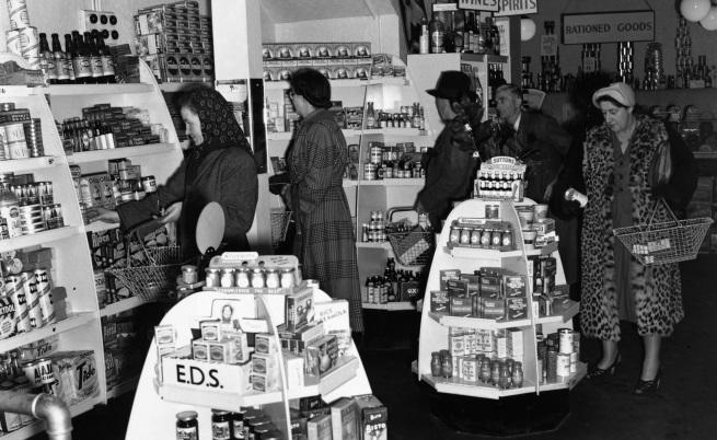 Как са изглеждали магазините за хранителни стоки преди 100 г.