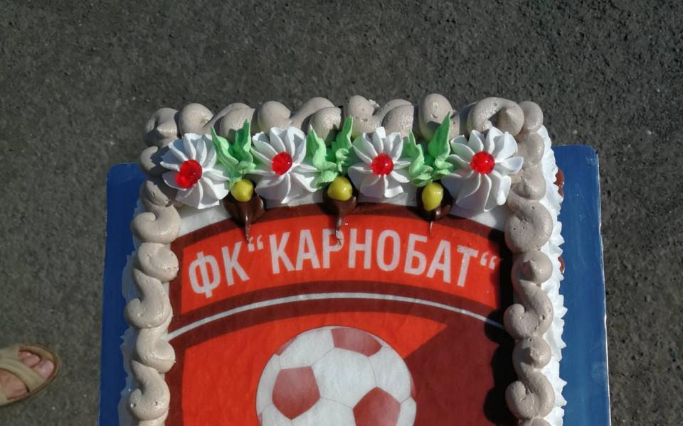 Карнобат си върна Стойко Колев, започна с водосвет и торта