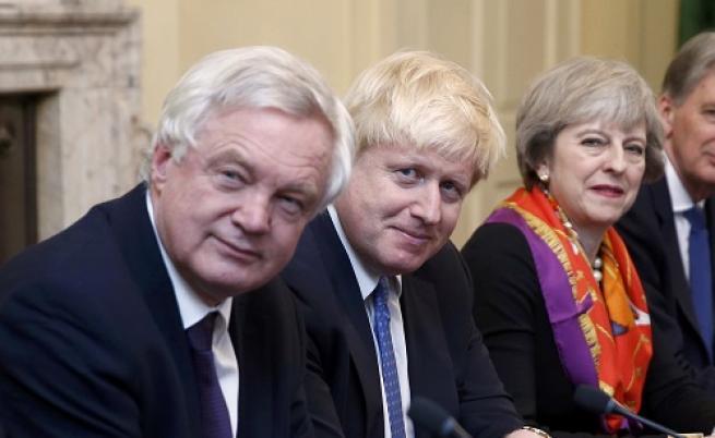 Борис Джонсън подаде оставка като външен министър на Англия