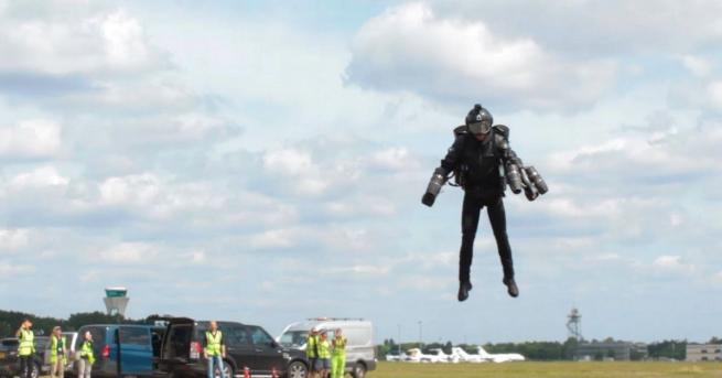 """Ричард Браунинг, наричан още """"Iron Man"""" (""""Железният човек"""") на Уилтшир,"""