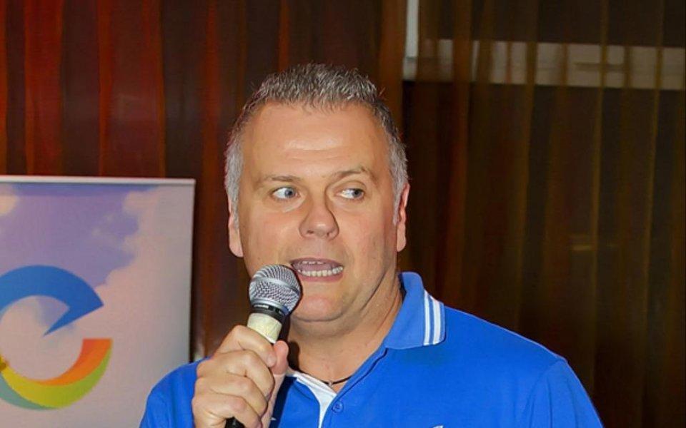 Трансферен удар за ВК Левски, взе именит треньор