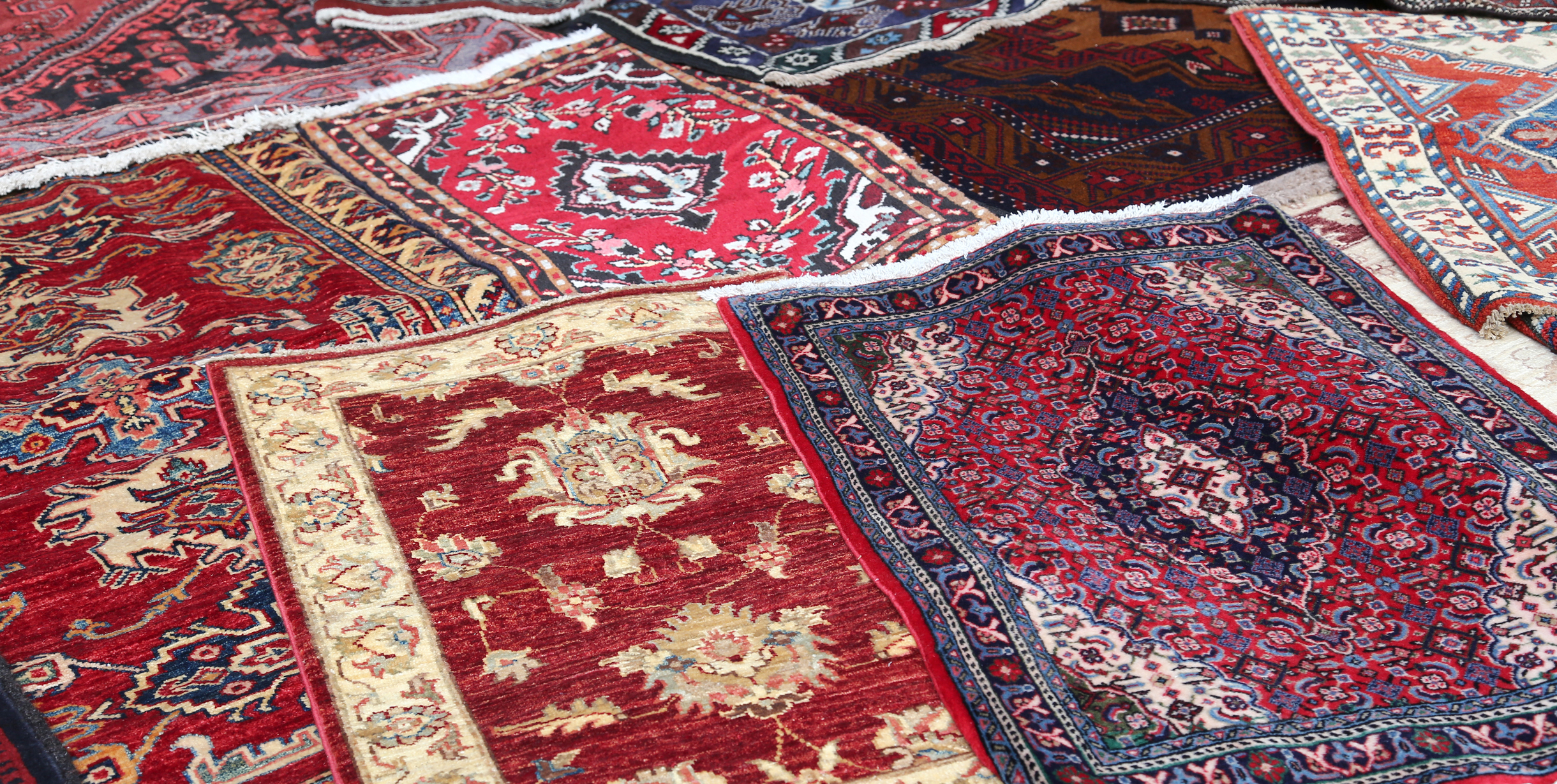 Персийските килими и плюшени пътеки