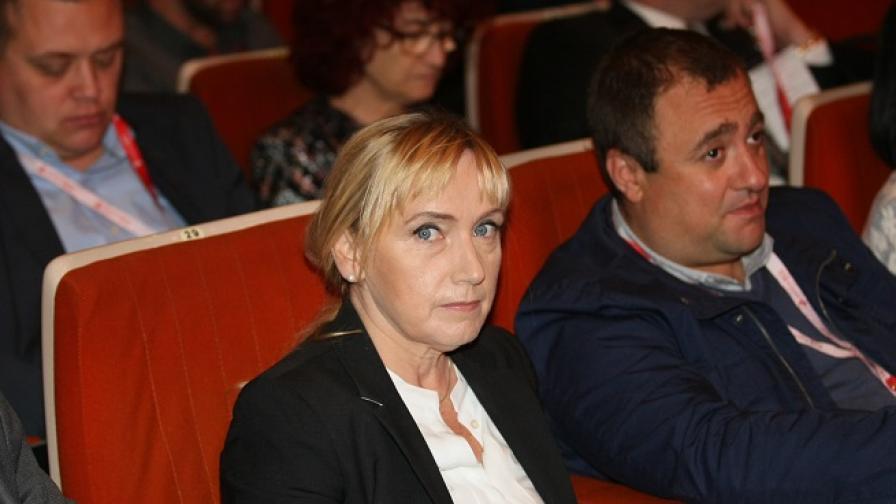 ГЕРБ: Йончева има бизнес с Цветан Василев.Тя: Клевета