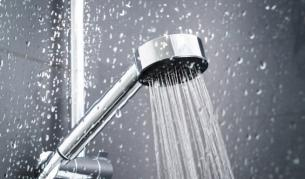 Грешката, която допускаме след душ