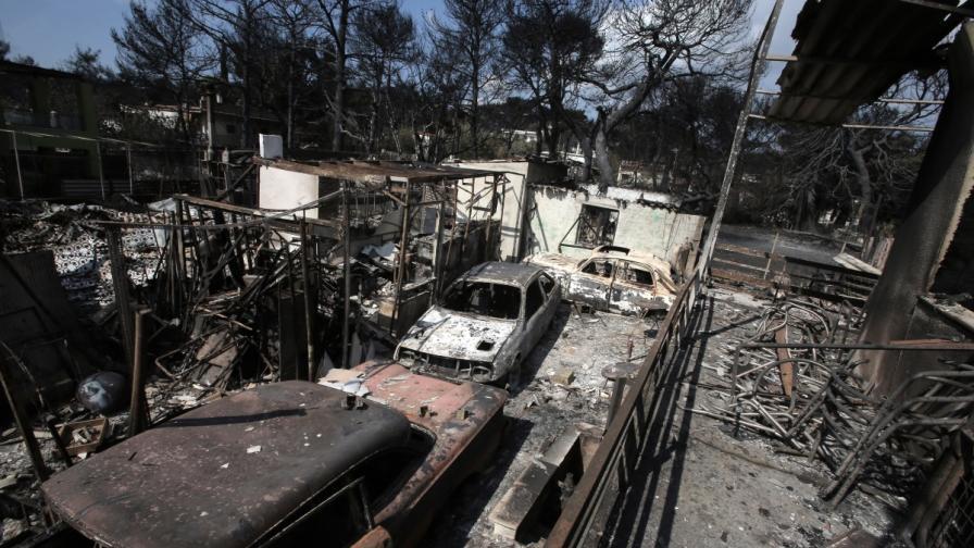 МВР на Гърция: Убийственият пожар е бил умишлен