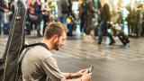 Мобилни приложения следят хората дори след забрана
