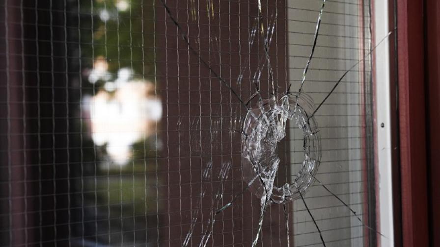 Шведската полиция застреля болно момче, носило пистолет-играчка