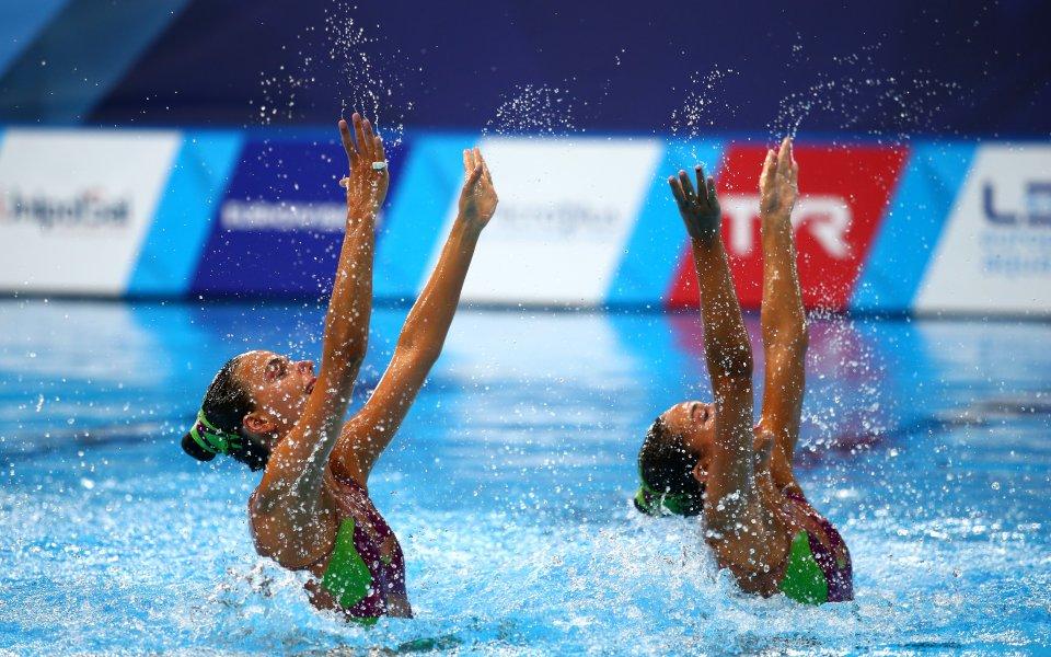 Атанасова не премина квалификацията на Eвропейското в синхронното плуване