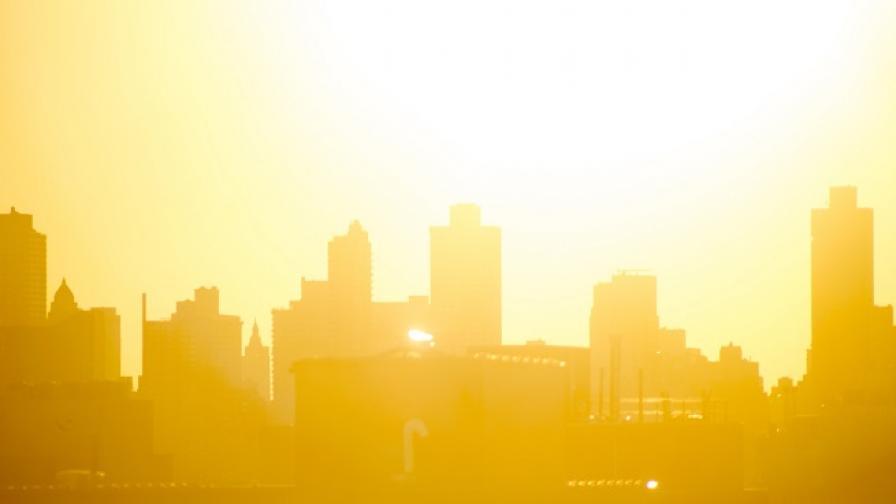 Жертви на жегата: Само вчера десетки са припаднали