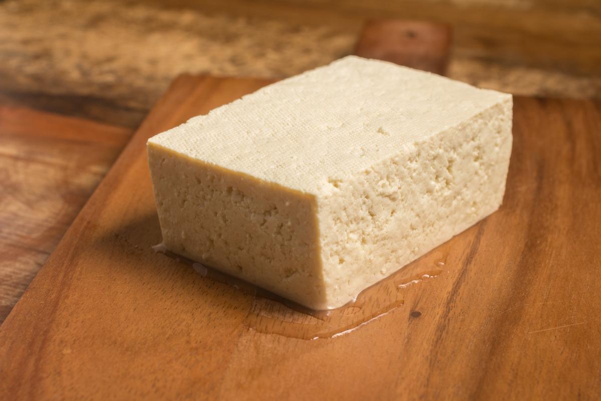 Соеви продукти. Те са подходящи, за да си набавите протеини, но след тренировката. Поради факта, че соята все пак е от семейство бобови, може да предизвика стомашен дискомфорт.