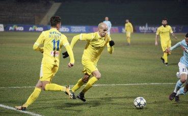 С немалко кадрови проблеми Левски на Стоянович гони 3-те точки в Русе