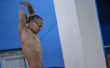 Антъни Иванов се класира на 1/2-финал на 200 м бътерфлай