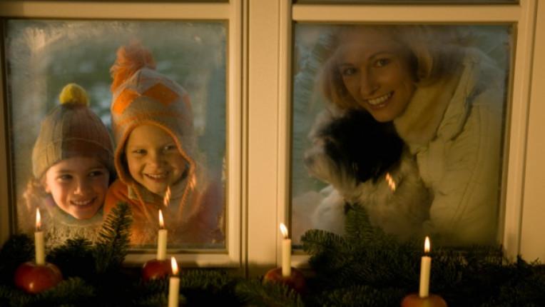 деца семейство игра Коледа