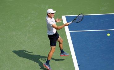Гофен изхвърли финалиста в Торонто, Чилич също напред