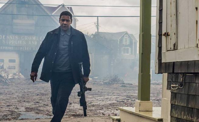 """Дензъл """"закриля"""" зрителите от слабите филми през август"""