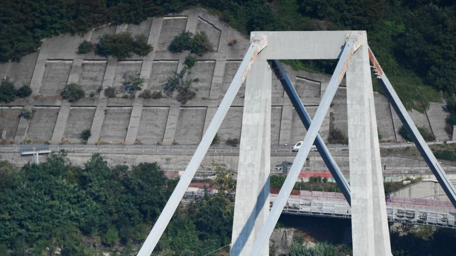 След Генуа: Искат съд за бивши министри на транспорта