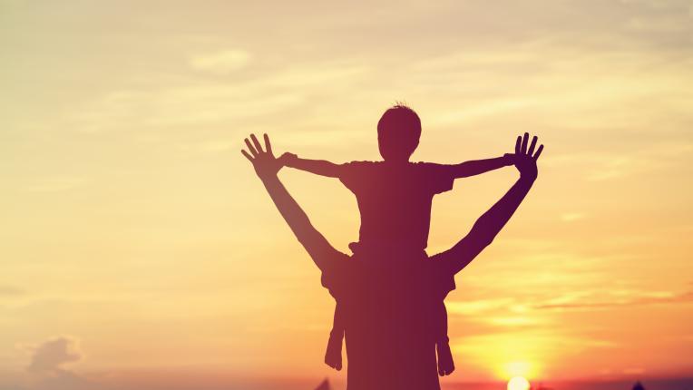 Трогателните съвети на едно дете към неговите родители