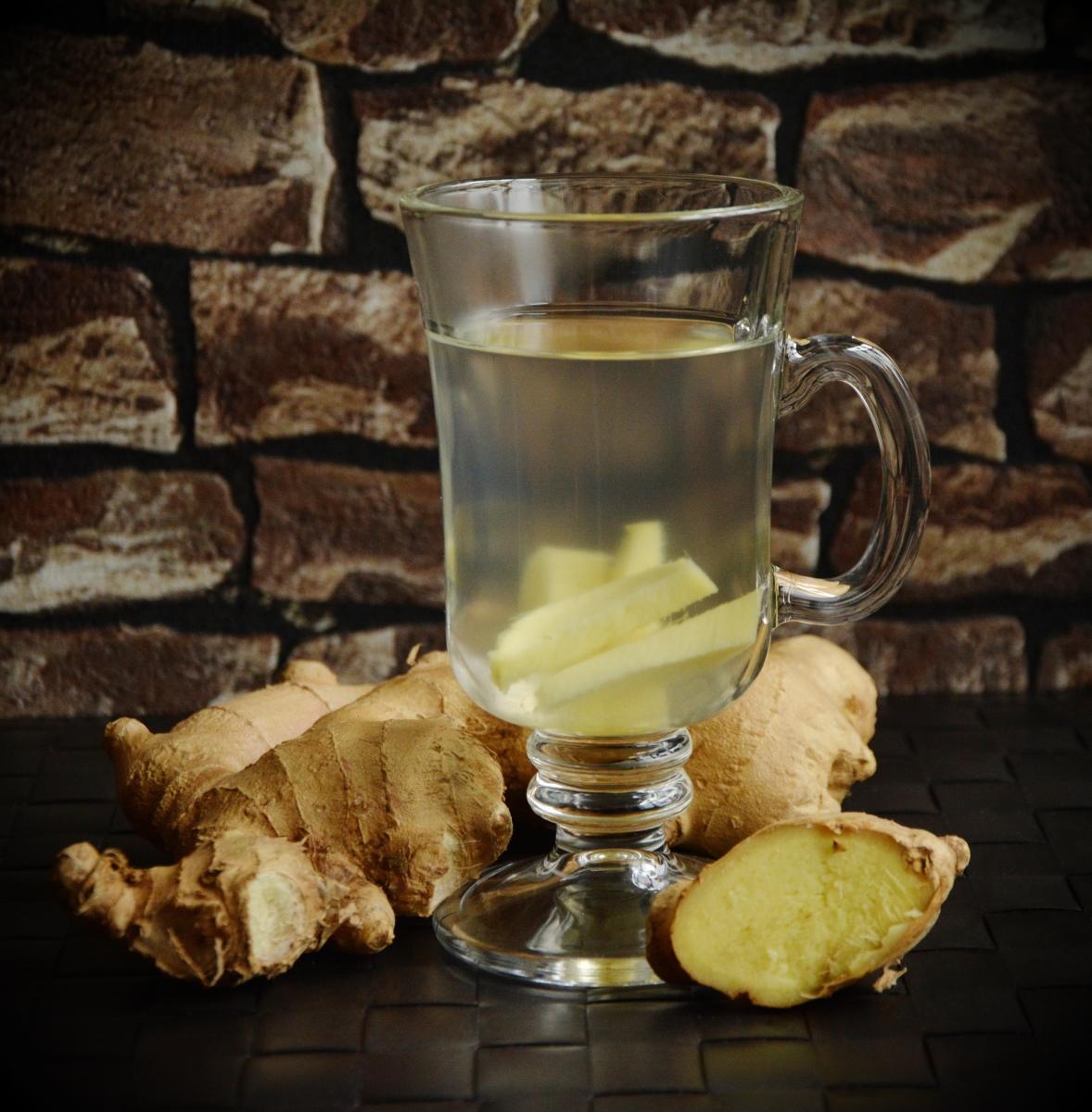 Джинджифил - чаят от него ще ви помогне, ако имате чести позиви за гадене и усещате стомашно неразположение.
