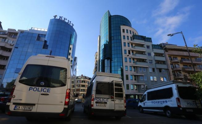 """Прокуратурата влезе във """"Винпром Карнобат"""" и офисите на """"Сис Индустрийс"""""""