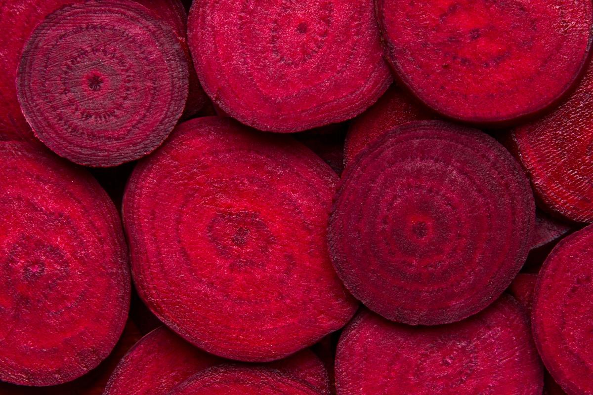 Цвекло: това е основна съставка в северната кухня. Там, където климатът е по-студен за по-дълго време, цвеклото е витаминна бомба. Той съдържа големи количества витамин С.